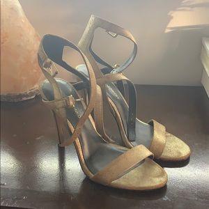 Heels metallic